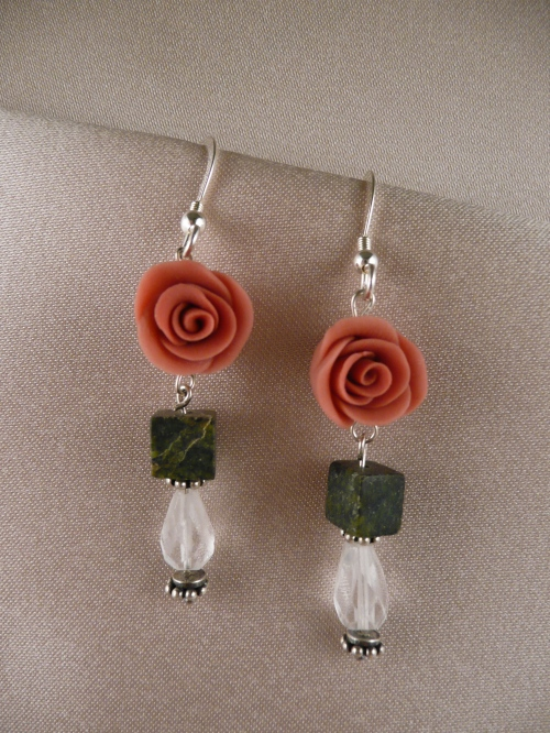 Coral-colored rose, jade cube, rock crystal faceted teardrop